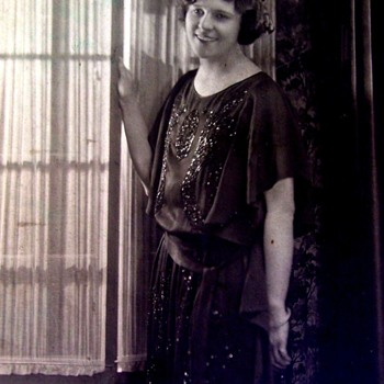 FLAPPER LADY IN BLACK BEADED DRESS, SHE IS VERY PRETTY 1920,s 8X10 - Photographs