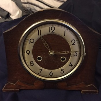 Someone please tell me what this is  - Clocks