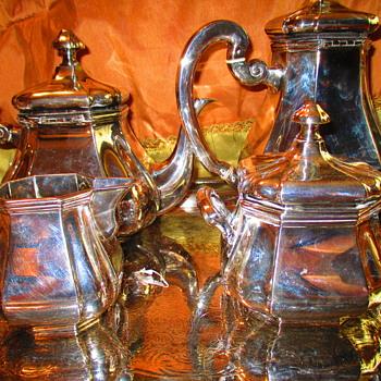 Sterling tea set maker?