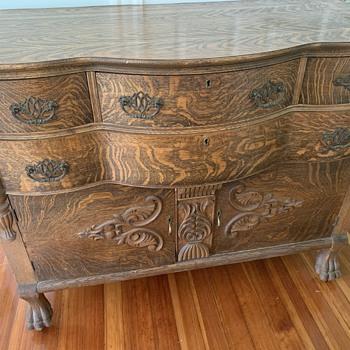 Wooden dresser - Furniture