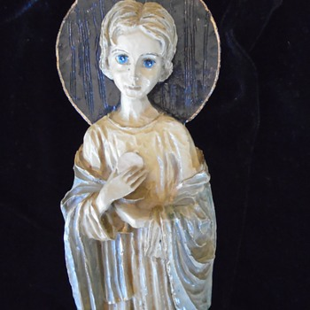 Wondering what saint this could be  - Figurines