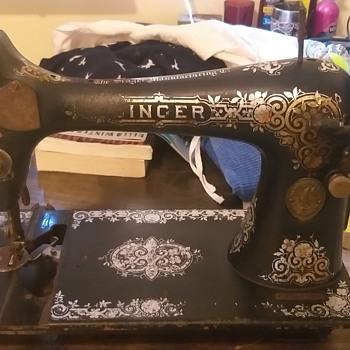 F series singer - Sewing