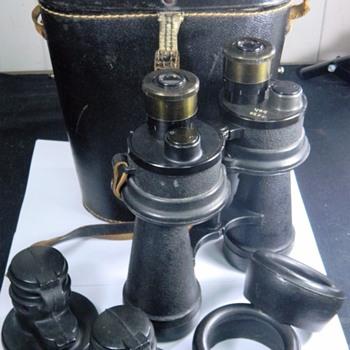WW2 German Kriegsmarine Ernst Leitz beh Binoculars & Case 17/50