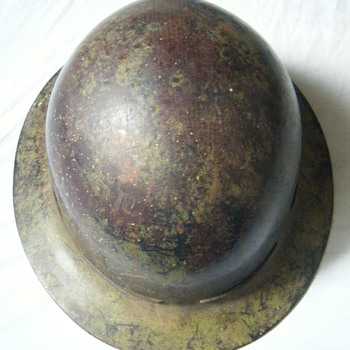 Vintage Skullgard hard hat/helmet