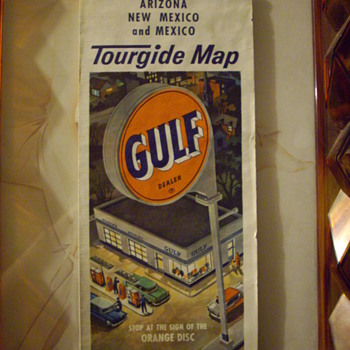 Vintage service station road maps. - Petroliana