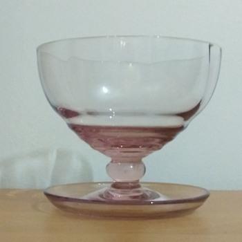 Pretty dish - Glassware