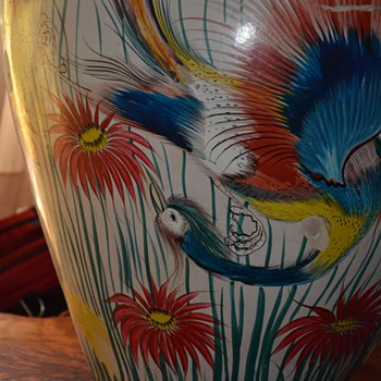 Very large Mexican Urn - burnished birds of paradise - Tonala? Tlaquepaque? - Pottery