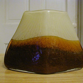 Volcano vase  - Art Glass