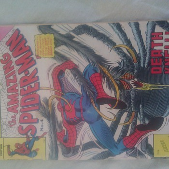 I have this no 4 issue of ( the amazing spiderman ) - Comic Books