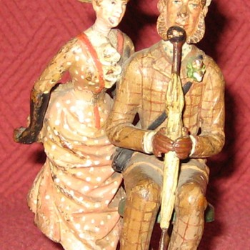 Vintage Austrian Cold Painted Bronze Couple (Signed) - Figurines