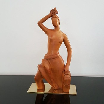 Art Deco walnut rare Laszlo Hoenig sculpture - Art Deco