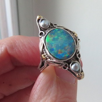 An Arts and Crafts Ring? - Arts and Crafts