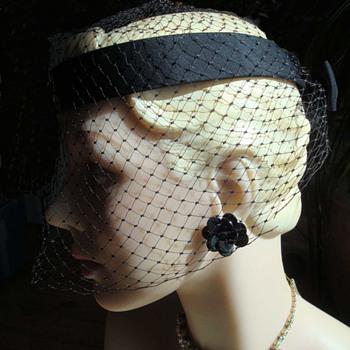 Black Halo Net Hat ca 1950 - Hats