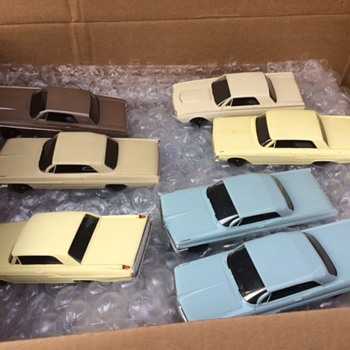 AMT TURNPIKE COLLECTION - Model Cars