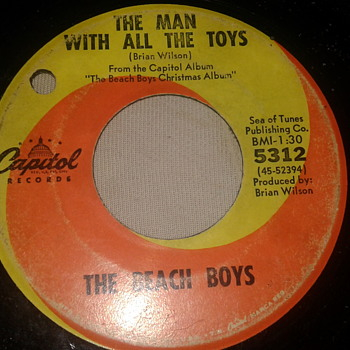 "THE BEACH BOYS 45 RPM ""BLUE CHRISTMAS"" / ""THE MAN WITH ALL THE TOYS"" [5312] - Christmas"