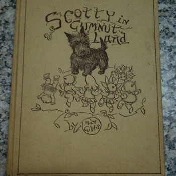 Scotty in Gumnut Land .  Unusual fault - 1st edition 1941 - Books