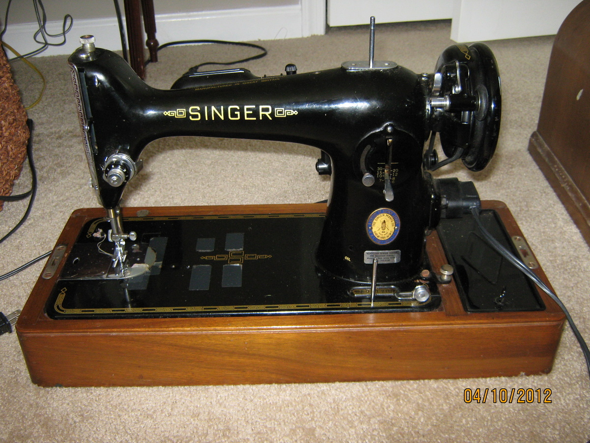vintage singer sewing machine collectors weekly. Black Bedroom Furniture Sets. Home Design Ideas