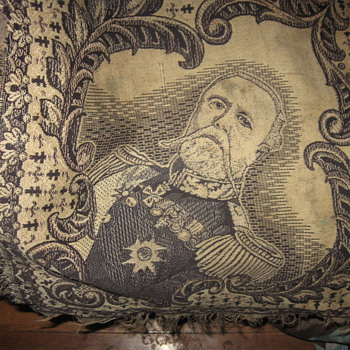 KING OSCAR II RUG? - Rugs and Textiles