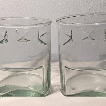 Mid Century Modern glasses. - Mid-Century Modern