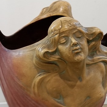 Huge Austrian Art Nouveau Pottery with two Maiden - Pottery