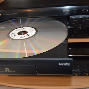 Pioneer CLD-2950 LD player - Electronics