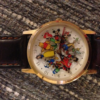 multi disney charactor watch - Wristwatches