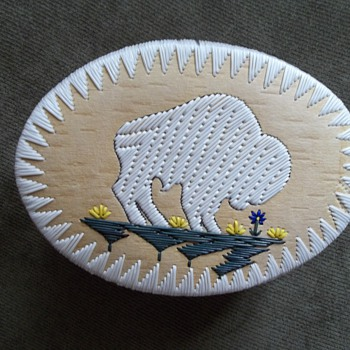 "White Buffalo Quill Box, made by Melvin ""Mel""  Losh - Native American"