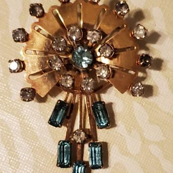 Vintage Brooch/Pendant  - Fine Jewelry