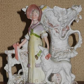 Schneider Bisque Sheperdess? Spill Vase c 1890 - Figurines