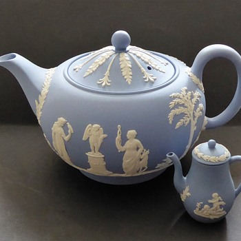 Wedgwood Jasperware Teapot - 1957 - and Miniature Coffee Pot