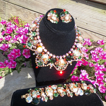 Juliana  Orabge Easter Egg Parure - Costume Jewelry