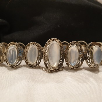 Moonstone bracelett  find. - Fine Jewelry