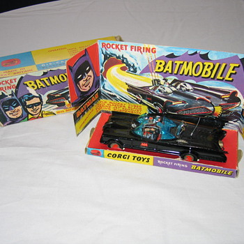 1966 Corgi Batmobile 267  - Model Cars