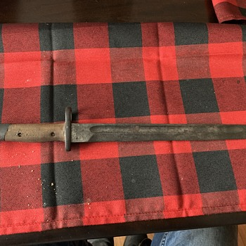 Anyone know what type of bayonet this is? - Military and Wartime
