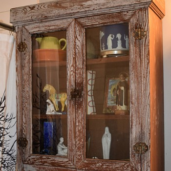 Old Cabinet Found in Trash and Fun Decorating! - Furniture