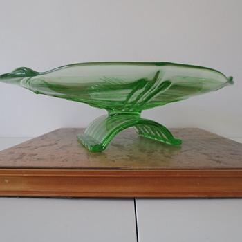 20th Century Art Deco Uranium Glass Bowl - Glassware
