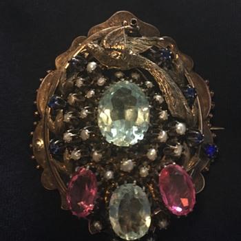 Strange pendant/brooch- any info appreciated!