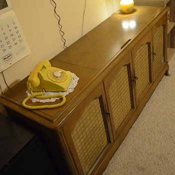 Antique Console Radios | Collectors Weekly