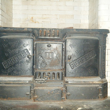 1885 Cast iron Richardson Boynton Perfect Stove - Kitchen