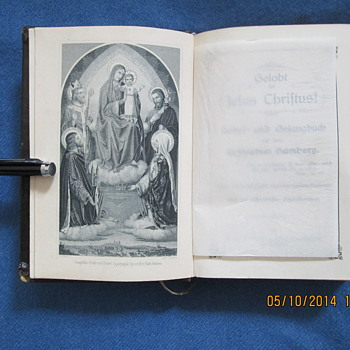 Vintage German Bible Book Hardback Religious Song Books and prayer book . 1903.and 29.X.35. Condition: VGC . Bambergae, die 22  - Books