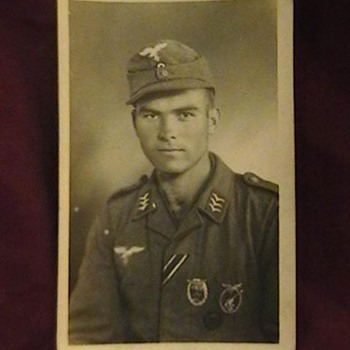 Original Photo, Luftwaffe Obergefreiter with Combat Badges - Military and Wartime