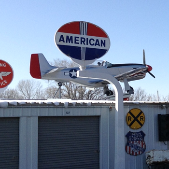 Great Signs & Planes - Petroliana