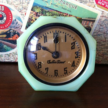 1030's Jadeite Slag Glass Cadillac Clock - Clocks