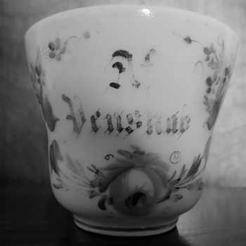 Af Venskab: of Friendship. Chocolat cup. hand painted 19th century