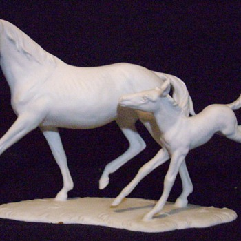 Kaiser mare and foal. - Pottery