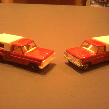 Ford trucks in regular wheels and the transitional superfast version with the chrome grille. - Model Cars