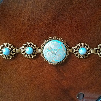 Vintage Etched Gold Tone Blue Flower Damascene Filigree Bracelet - Costume Jewelry