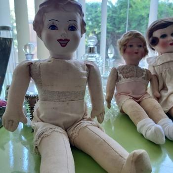 Possibly a Unica Liberation Doll Post War 1946.... - Dolls
