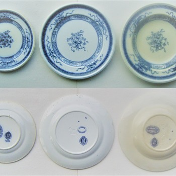 'Trophies' Victorian faience plates ... - China and Dinnerware