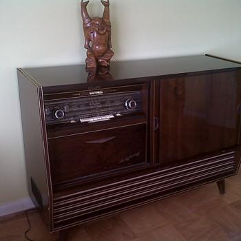 Telefunken Salzburg III U - Radios